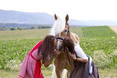 Fotoshooting mit Haflingerstute Gracia & Manuela Reidinger & Sandra auf der GR-Ranch in Unterrohrbach, Österreich