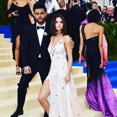 #TheWeeknd just quietly deleted all photos of #SelenaGomez from his insta and my heart =  Tap the link in bio for the full story  via SEVENTEEN MAGAZINE OFFICIAL INSTAGRAM - Follow FabArmy for : Celebrity  Fashion  Haute Couture  Advertising  Culture  Beauty  Editorial Photography  Magazine Covers  Supermodels  Runway Models