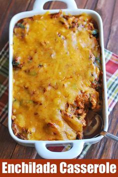 This very tasty enchilada casserole has all the wonderful flavors of enchiladas,. - This very tasty enchilada casserole has all the wonderful flavors of enchiladas, without the carbs - Healthy Casserole Recipes, Healthy Low Carb Recipes, Healthy Food Blogs, Casserole Dishes, Quick Keto Meals, Low Carb Chicken Casserole, Ground Beef Casserole, Keto Casserole, Mexican Food Recipes