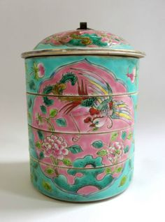 Fine-antique-Chinese-Straits-porcelain-Nyonyaware-tiffin-carrier-mark-to-base