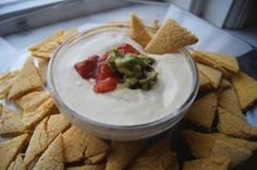 Raw Vegan Sour Cream Dip | http://www.gluten-free-vegan-girl.com/2013/02/raw-vegan-sour-cream-dip.html