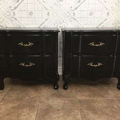 French Provincial nightstands painted in Benjamin Moore Black with General Finishes high performance top coat in semi gloss as a top coat