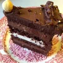 Tort ferrero alune cacao nutella ciocolata alba