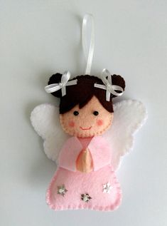 Simply click the link to get more information on DIY Christmas Projects Felt Christmas Decorations, Christmas Ornaments To Make, Handmade Christmas Gifts, Christmas Sewing, Felt Ornaments, Beaded Ornaments, Glass Ornaments, Diy Xmas, Felt Crafts