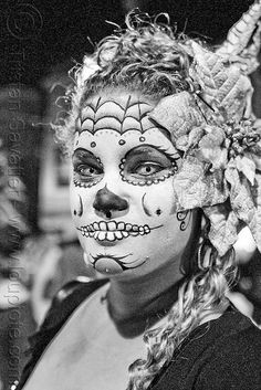 DSC03507 - Dia de Los Muertos... Contacts Online, Lenses, Halloween Face Makeup, Masks, Day Of The Dead, Death, Lentils