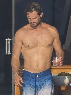 Look out William and Harry . there's a hot new royal in town! Sweden's Prince Carl Philip put his buff bod on full display during a trip to the French Riviera this week, where he was snapped showing off his ultra toned abs in nothing but a pair…
