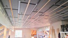Stoßkanten der Dämmplatten mit einem Dichtband abkleben und mit Holzlatten an den Dach-Sparren verschrauben Montage, Blinds, Curtains, Home Decor, Wood Slats, New Construction, Decoration Home, Room Decor, Shades Blinds