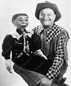 photo Max Terhune and his ventriloquist dummy Elmer 781-29