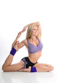 #balinisports #hotyogawear color available in both black and purple.  Top is #BaliniSports #MiracleSportsBra #BestNoBounceBra and cutest #angelbootyshorts. #StringShorts made for #HotYoga