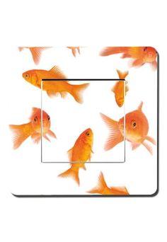 Interrupteurs décorés poissons rouges  http://www.idzif.com/idzif-deco/interrupteurs-decores/produit-interrupteurs-decores-poissons-rouges-6054.html