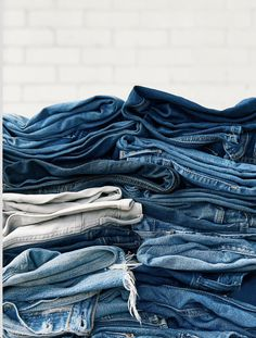 Come in to any Levi's® store and recycle your denim to help keep textile waste out of landfills. Plus, when you do, you'll receive a… Sustainable Clothing, Sustainable Fashion, Sustainable Products, Levis, Denim Wallpaper, Denim Fashion, Fashion Outfits, Fashion Design Template, Clothing Photography