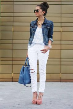 Scorching Vogue Trend: 17 Fashionable Outfit Suggestions With Ripped Jeans - http://www.stylesous.com/scorching-vogue-trend-17-fashionable-outfit-suggestions-with-ripped-jeans.html
