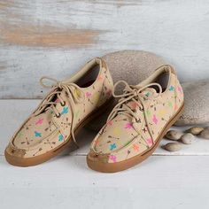 These darling Cactus and Arrow shoes by Twisted X are a Rod's Exclusive!