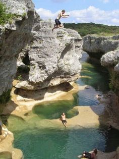 The Narrows. Upper south side of Lake Travis near the community of Spicewood. From Austin take Texas turn north on Spur and proceed approximately one mile to Spicewood. Continue traveling north miles on Burnet County Road 410 to CR Oh The Places You'll Go, Places To Travel, Places To Visit, Texas Hill Country, Dream Vacations, Vacation Spots, Family Vacations, Destination Voyage, Texas Travel