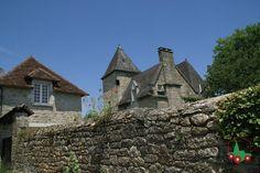Saint-Robert | Les plus beaux villages de France - Site officiel