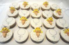 Cupcakes para Batizado. Conqualita Cestas - Para fazer pedidos ou mais informações por e-mail conqualita@conqualita.com.br ou fone (51) 3356.1422