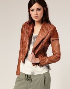 Gestuz Vintage Style Leather Jacket