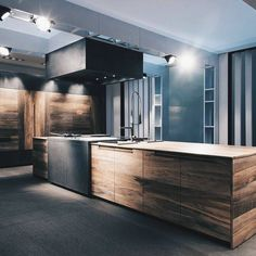 These minimalist kitchen concepts are equal parts serene as well as stylish. Discover the very best ideas for your minimalist design kitchen that suits your preference. Search for remarkable photos of minimalist design kitchen for motivation. Modern Kitchen Interiors, Modern Kitchen Design, Modern Interior Design, Interior Design Living Room, Contemporary Interior, Room Interior, Küchen Design, Design Case, House Design