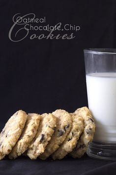 Low Carb Keto Oatmeal Chocolate Chip Cookie Recipe