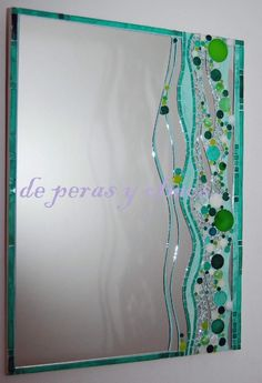 Guarda 11. Jewel Mirror. Malachite. Beads on Mirror.