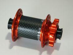 POP-Products MTB Vorderrad Nabe Orange mit 3k Carbonkörper und 32-Loch.