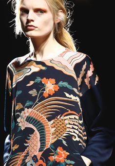 Dries Van Noten Fall 2012 (Hanne Gaby Odiele)