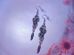 Boucles d'oreilles fil d'aluminium, vert, rose clair, feuille métal - 169 : Boucles d'oreille par tout-en-boucles