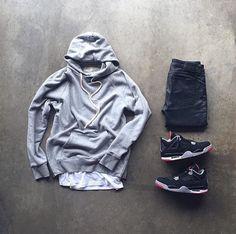 #fearofgod #hoodie #johnelliott #tshirt #nudiejeans #jordan4 #bred