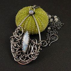Collar de Moonstone joyería envuelta alambre por MadeBySunflower