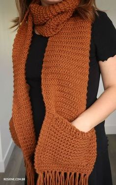Crochet Scarves, Crochet Shawl, Crochet Clothes, Crochet Stitches, Free Crochet, Knit Crochet, Loom Knitting, Knitting Patterns Free, Free Knitting