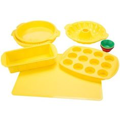Classic Cuisine Non-Stick 18 Piece Silicone Bakeware Set Color: Yellow