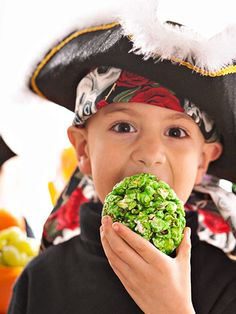 Halloween - Moldy Popcorn Balls - make this recipe for Old-Fashioned Popcorn Balls and add a dose of green food colouring for decay