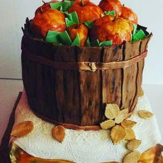 Thanksgiving Apple Basket
