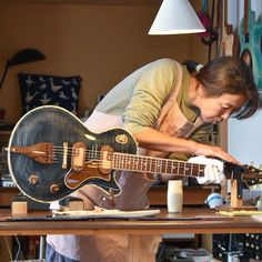 """Final check and cleaning before shipping, """"Audrey - Holiet"""". Guitar Diy, Guitar Shop, Music Guitar, Guitar Chords, Cool Guitar, Acoustic Guitar, Custom Electric Guitars, Custom Guitars, Bass Guitar Scales"""