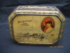 L@@K 1920's DAINTY DINAH Toffee Tin (Dutch Tile Scene) (09/16/2011)