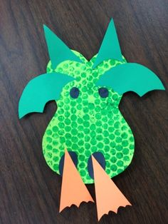 Dragon craft and other Preschool Ideas For 2 Year Olds: Fairy tale preschool projects for 2's