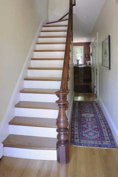 People confuse which stair treads to choose. There's no certain rule, but please choose the right color or pattern that match with the design of the house. Victorian Stairs, Victorian Terrace, Victorian Homes, Victorian Farmhouse, Winding Staircase, Stained Staircase, Spiral Staircases, Grand Staircase, Traditional Staircase