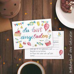 """Wer möchte mir einen Gefallen tun? 10 dieser illustrierten Karten-Sets (mit 12 Einladungskarten) suchen ein neues Zuhause bei lieben Menschen, der ihrer Illustratorin einen riesen Gefallen tun :) Und zwar brauche ich dringend für diese Kärtchen, die es jetzt auch bei Amazon gibt (ich freu mich so ^^) ehrliche Bewertungen auf Amazon. Das würde mich wahnsinnig freuen! Bitte schreibt mir dazu eine email an mail@farbcafe.de mit dem Betreff """"Einladungskarte""""! Vielen Dank <3"""