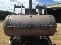 Resultado de imagen de how to make smoker out of propane tank