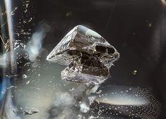 inclusion pyrite dans quartz brésilien