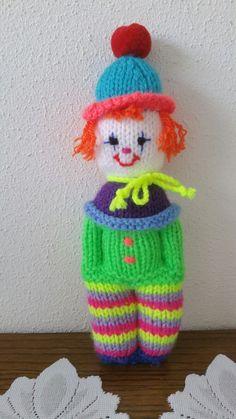 Addi Knitting Machine, Circular Knitting Machine, Loom Knitting, Baby Knitting, Knitted Nurse Doll, Knitted Dolls, Knitted Doll Patterns, Knitting Patterns, Crochet Patterns