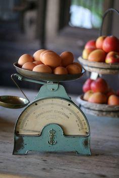 @rubylanecom Vintage Scales | Easter Decor | #rubylane