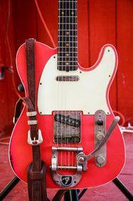 "Revelator Guitars Custom RetroSonic Double Bound Fiesta Red w Fender ""F"" Bigsby B-5"