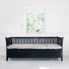 Oliver Furniture - Sort slagbenk