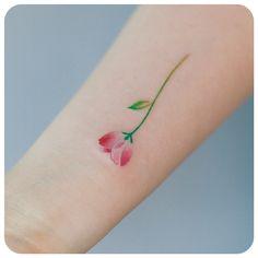 작은 꽃~ #타투이스트리버  #타투 #그라피투 #tattoo #graffittoo