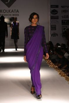 A very modest sari indeed. Yes please.