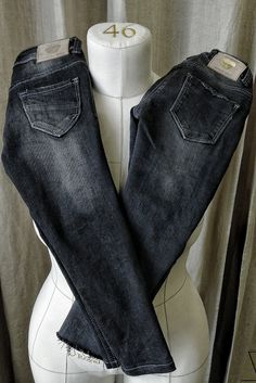 Дети тоже любят носить красивые джинсы, да и родителям приятно созерцать стильных чад. Вот ушили парочку джинсов для самых маленьких. Ремонт джинсов в Москве: +7 915 316 95 13 Repair Jeans, Skinny Jeans, Grey, Pants, Fashion, Gray, Trouser Pants, Moda, Trousers