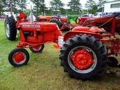 allis chalmers tractors | Allis Chalmers D12 Tractor