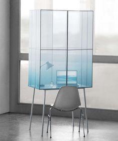Fading Desk | Thijmen van der Steen