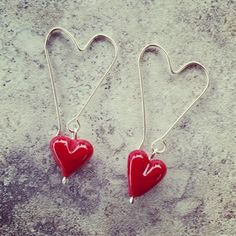 Red heart earrings – Julie Frahm – Glass Jewellery